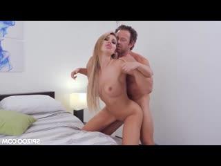 Nina Milano - милфа с шикарными дойками скачет на члене начальника [порно, ебля, инцест, секс, porn, Milf, home sex,минет, трах]