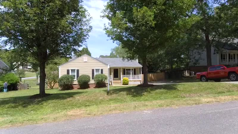 Clean Ready 3 BR Chester VA Ranch Manicured Backyard @$210K