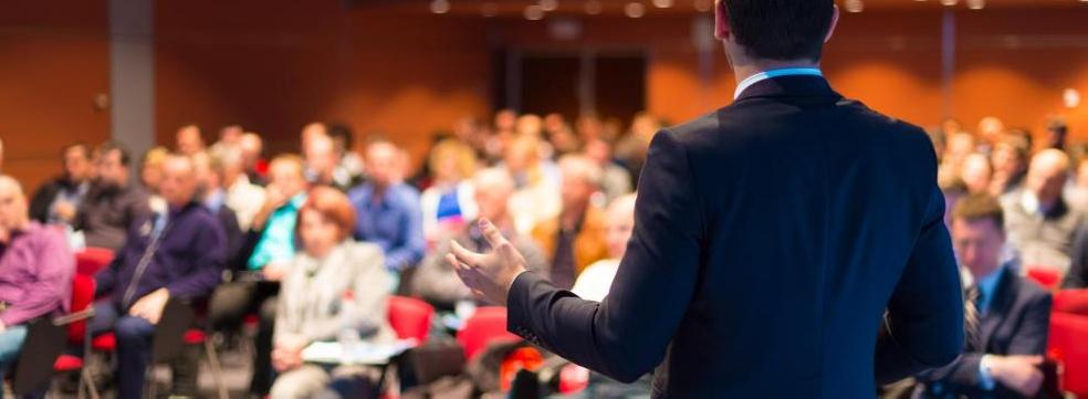 Каковы различные типы рабочих мест консультанта СМИ?