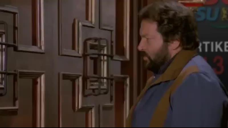 Kurzfilm Bud Spencer und Terence Hill räumen bei der CDU CSU auf right facing fist boom 360p .mp4