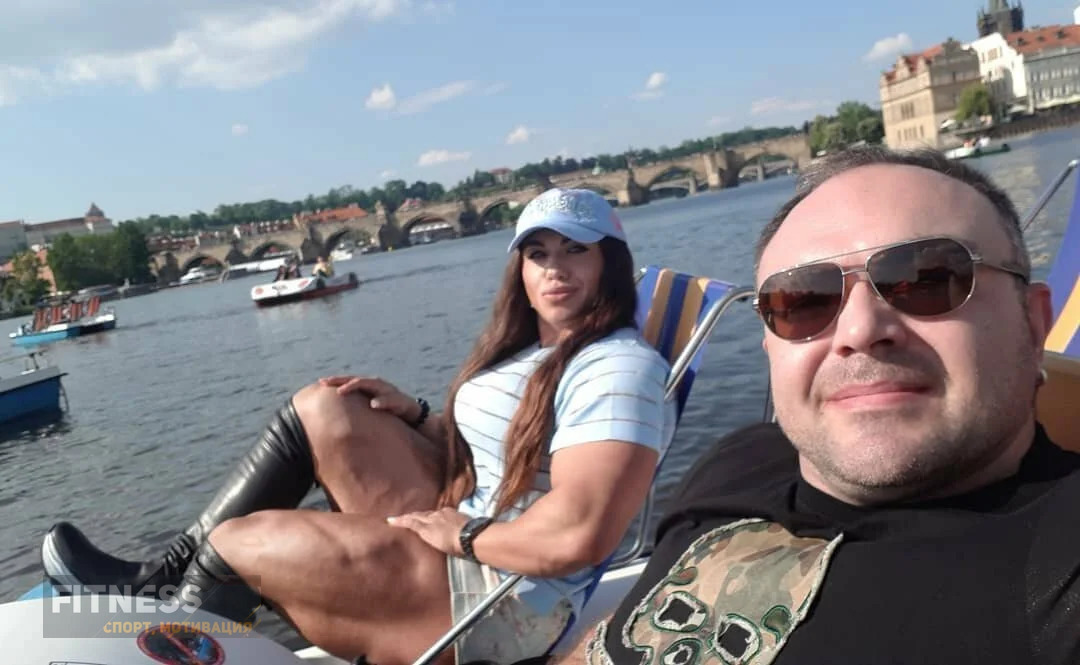 Российская культуристка Наталья Кузнецова с мужем