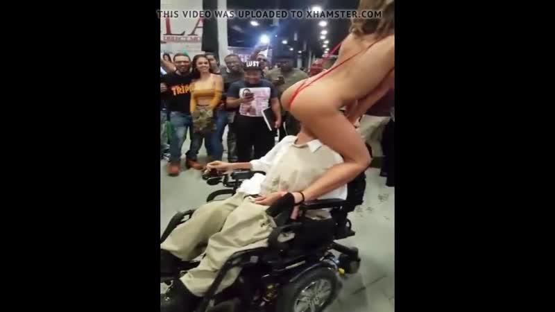 Bazen engelli kadar şansın olmaz🤗🤗 Paylaş şansın olsun 🔊 инвалид мужчина и роговой леди