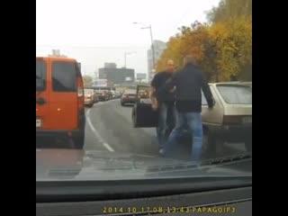 Автоприколы, драки на дорогах, автоюмор