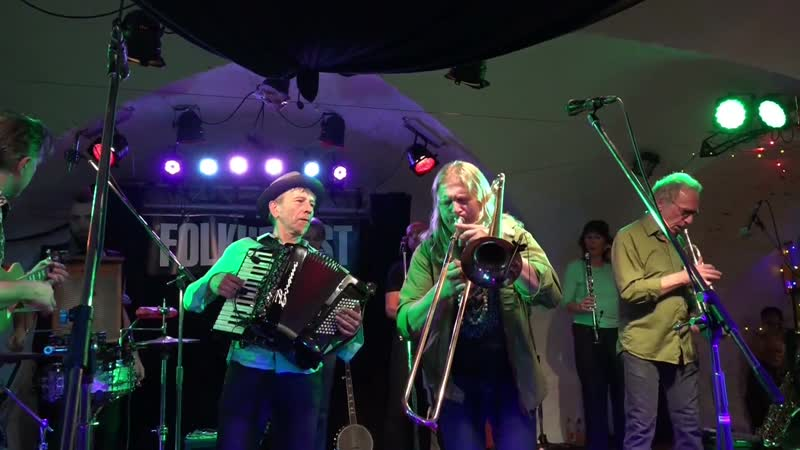 17 Hippies - Saragina Rumba • 2015 FolkHerbst Eröffnung im Malzhaus Plauen
