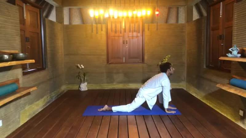 урок йоги