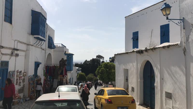 Прогулка по Сиди бу Саид