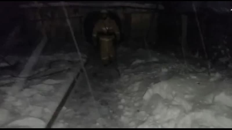 В Семее полицейские спасли семью из пожара