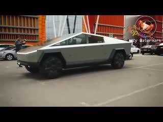 Первый в России Tesla Cybertruck появился в Липецке