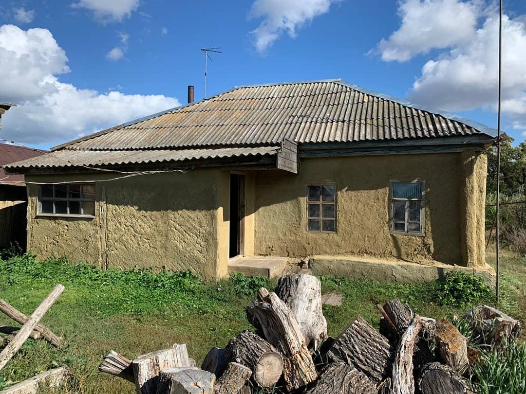 Следователи следственного комитета устанавливают обстоятельства смерти жительницы Петровского района