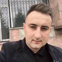 Robert Semenov