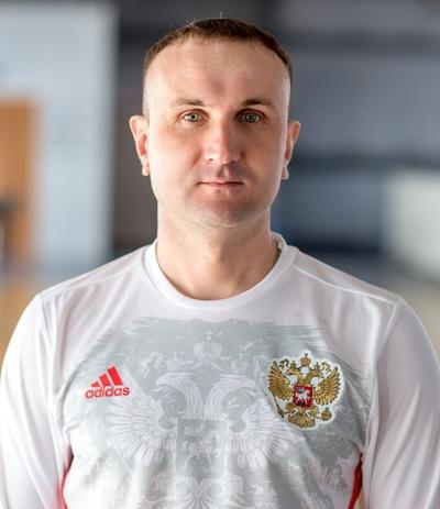 Вадим Уваров