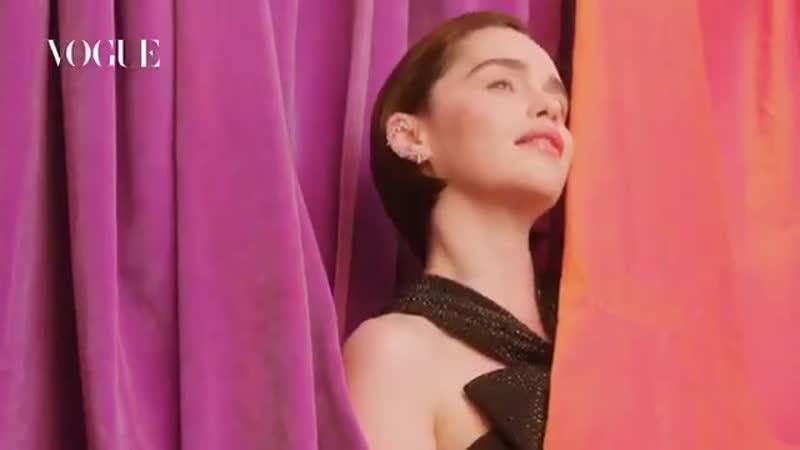 Emilia Clarke | Bastidores do shoot para a Vogue Espanha.