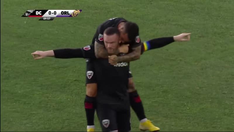 Руни забил со своей половины поля в матче с «Орландо Сити»