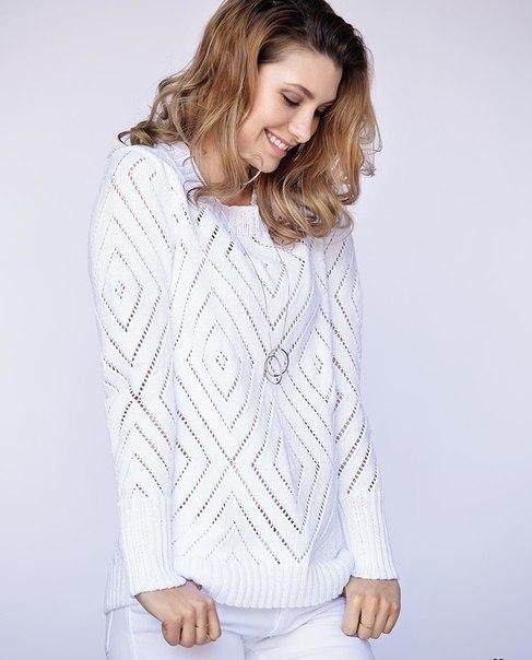 Очень красивый пуловер и топ с крупными ромбами. Вязание по одной схеме!