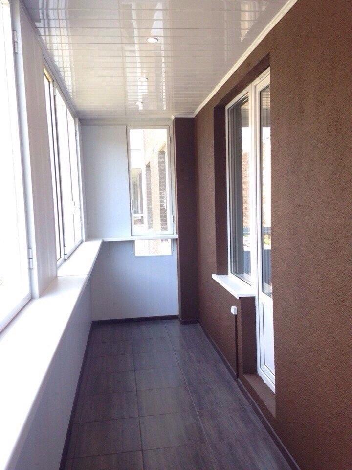 Балкон размер 6х1,3. Работали с другом около двух недель. Вот такой у нас получился ремонт. Как вам наша работа?