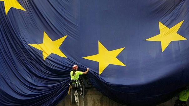 «Это пороховая бочка Европы»  ➡Подробнее: https://ru.rt.com/dz37