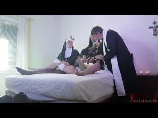 Dana Vespoli, Julia Ann, Victoria Voxxx порно, HD 1080, секс, POVD, Brazzers, home, шлюха, big ass, sex, New Porn, Big Tits