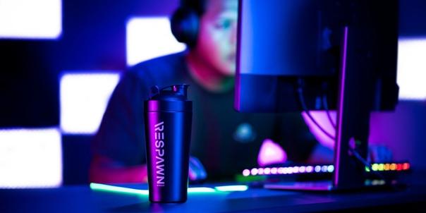 Razer выпустила… энергетический напиток Определенно с этим