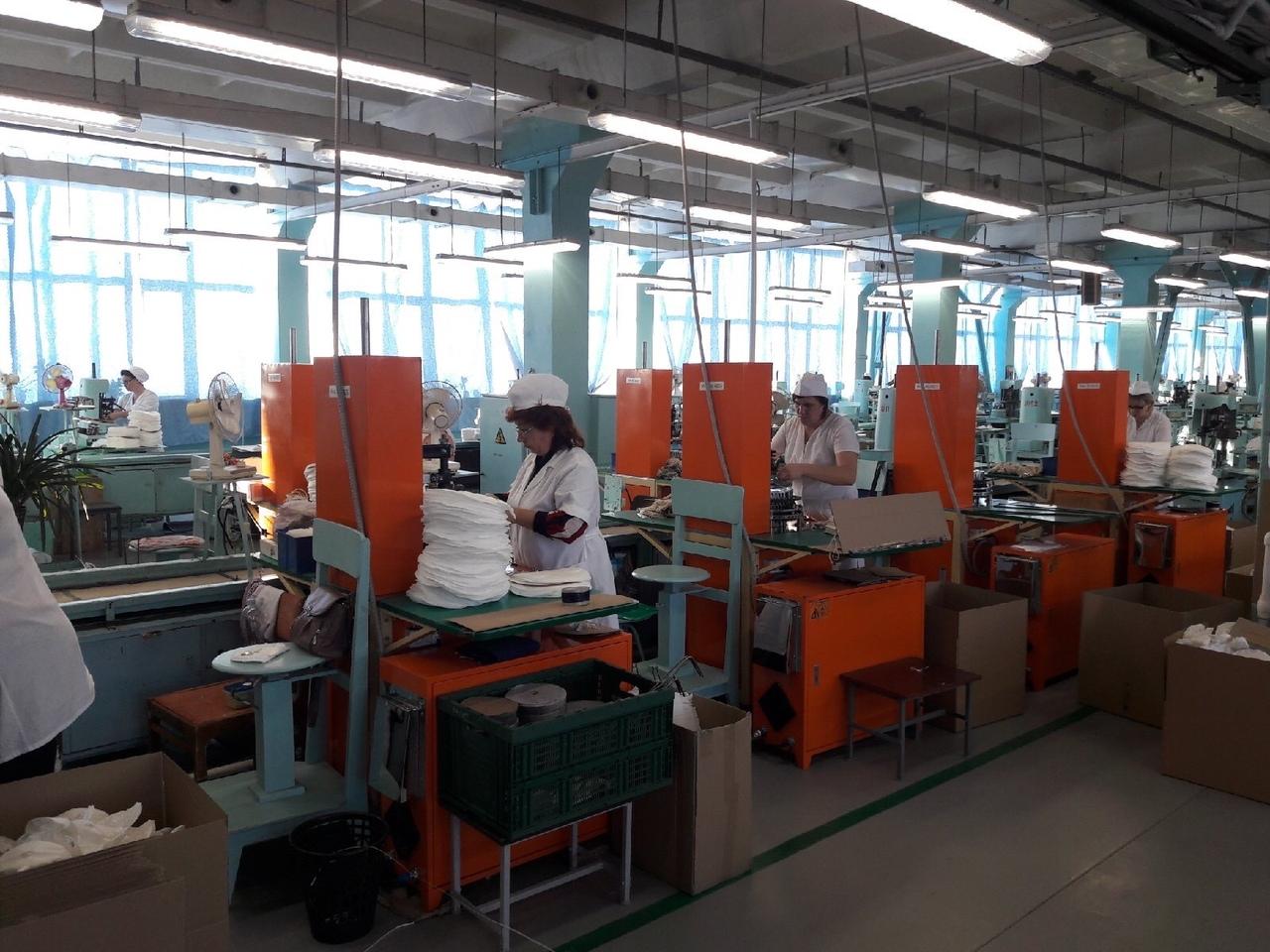 Из-за коронавируса на фабрике в Кимрах перевыполняют план по изготовлению респираторов