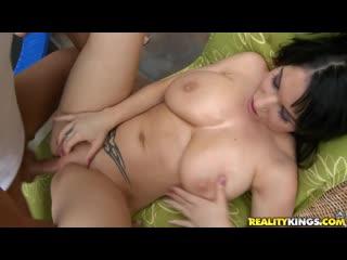 BigNaturals - Daisy Lee (Daisey Lee) - Titty Fun