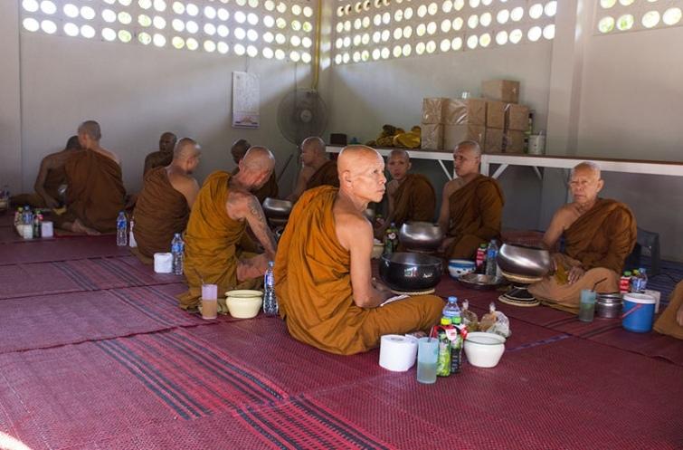 Национальные табу или чего нельзя делать в Камбодже, изображение №9