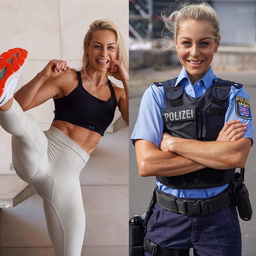 Мощная физическая форма полицейских