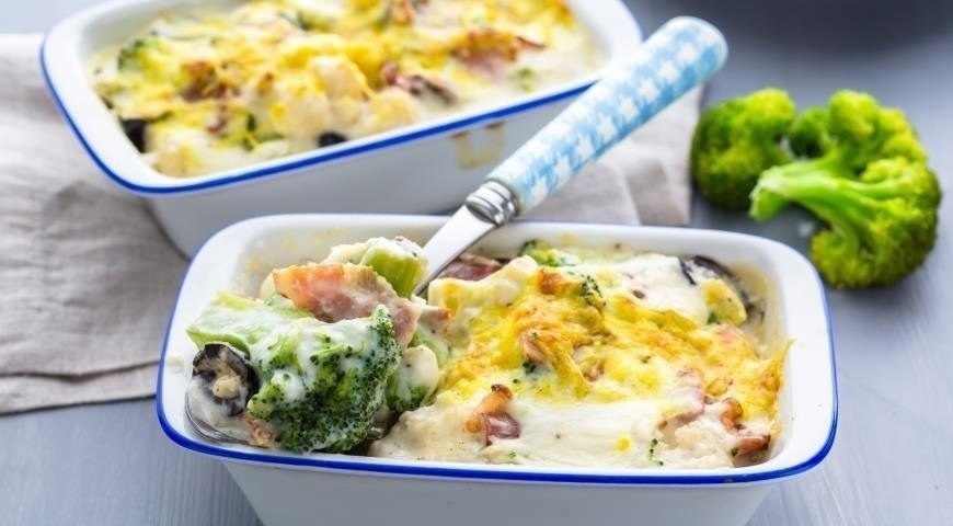Запеканка с брокколи и сыром: можно даже на ночь!