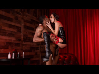[LIL PRN] Brazzers Exxtra - Gia Dimarco - Red Light Romp  1080p Порно, Big Tits, Brunette, Interracial, Leather