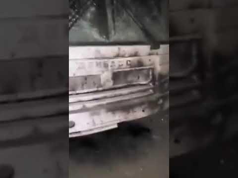 Укропреступники нанесли крупнокалиберной артой удар по Горловке уничтожив часть автобусов города!