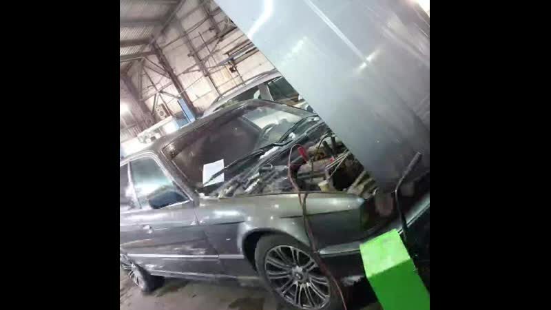 НЕ ЗАВОДИТСЯ BMW ВЫКРУТИЛИ СВЕЧИ а там А17ДВ mp4