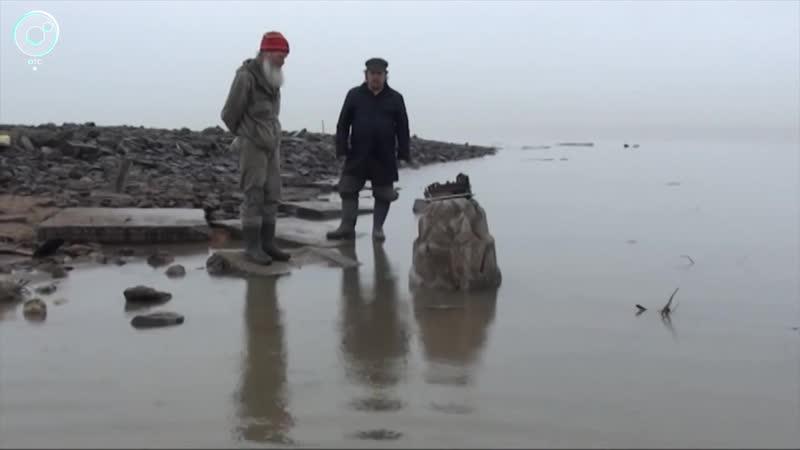 Что можно обнаружить на дне обмелевшего Обского водохранилища