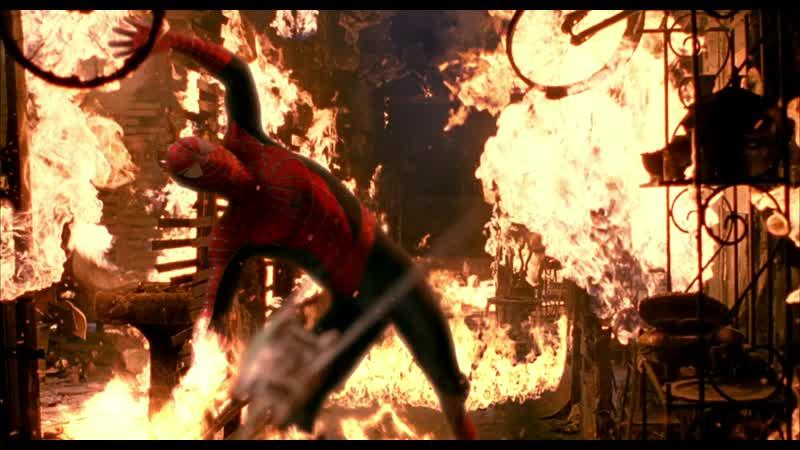 5 Человек Паук и Зелёный Гоблин дерутся в горящем здании Человек Паук 2002