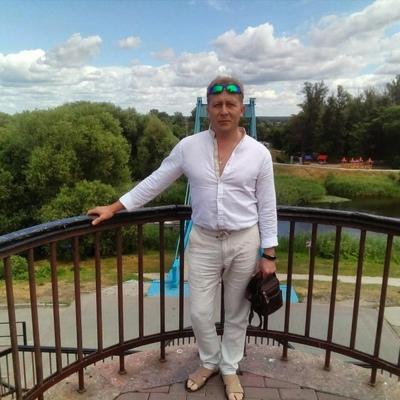 Олег, 46, Uvarovo