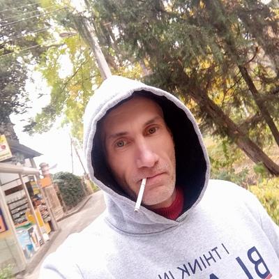 Андрей, 41, Alushta