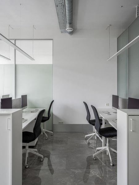 Белое золото: офис в Перми от Валерии Масловой