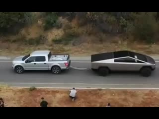 Tesla Cybertruck vs Ford F-150. Группа Выжить Любой Ценой